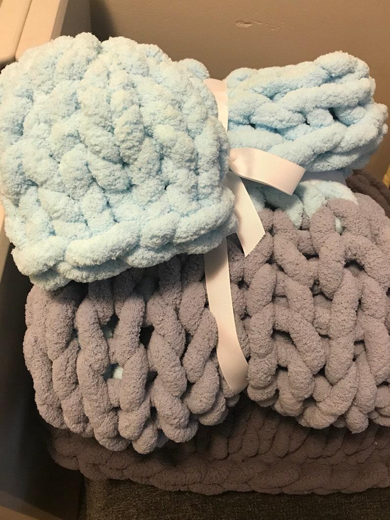 Throw Bedding Blankets Chunky Yarn Chunky Knit Handmade Alabama Blanket with Matching Beanie Chenille Yarn Vegan Yarn Crib Ensemble