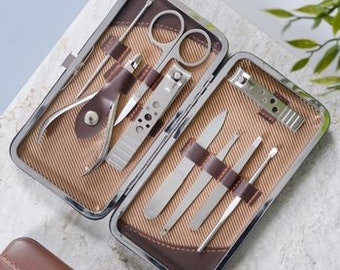 Personalised Men's Manicure Kit - Guys Grooming Set - Male Birthday Present - Fathers Day gift - Groom and Best Man Gift
