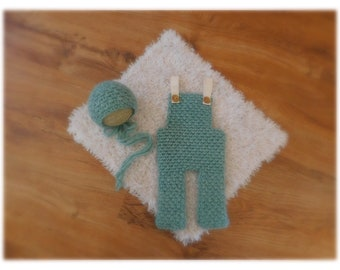 Crocheted newborn overalls with matching bonnet, chunky yarn, tiffani blue