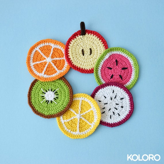 5 Little Monsters: Modern Crochet Coasters | 570x570