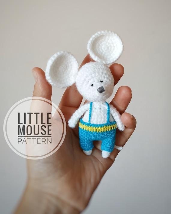Albert the Mouse amigurumi pattern - Amigurumipatterns.net | 712x570