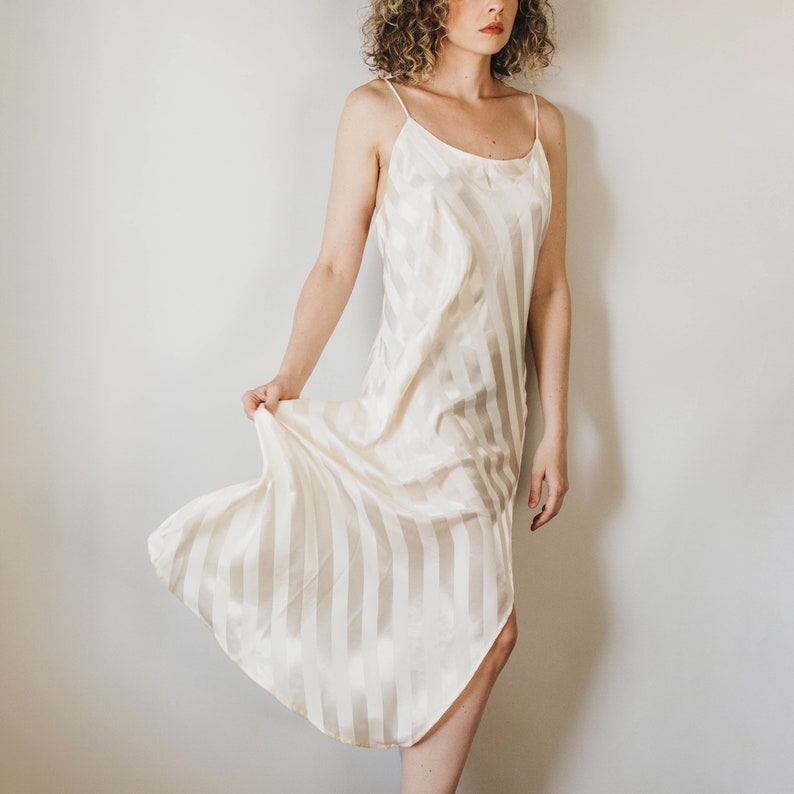 Vintage 90s Victoria/'s Secret Gold Label Faint Salmon Pink Diaganol Striped Slip wAdjustable Straps and Left Leg Thigh Slit