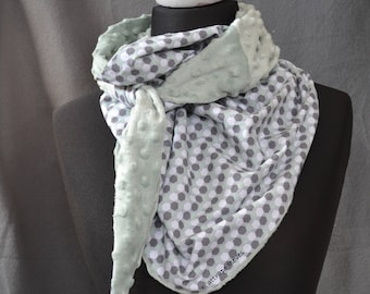 Green graphic scarf of water