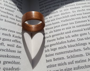 Bentwood Ring, Bentwood ring