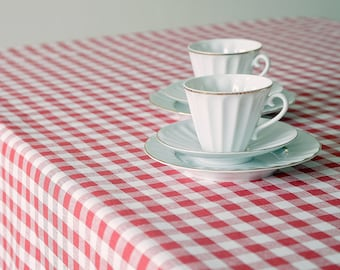 Washed linen tablecloth  red & white, square rectangle round table linens 57 x 59 inch (144 x 150 cm) ktzay French Tablecloth