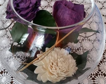 Exquisite Large-Headed Dark Violet Roses White Spray Chrysanthemum Graceful Dark Green Leaves Looped Gold Grass  in a Bowl Glass