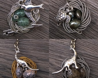 Animal nests • Keyring • ijkl