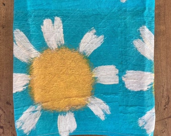 Large Daisy. 21 by 25 inch linen cotton canvas tea towel of my daisy painting. Two fabric hooks on back for hanging.