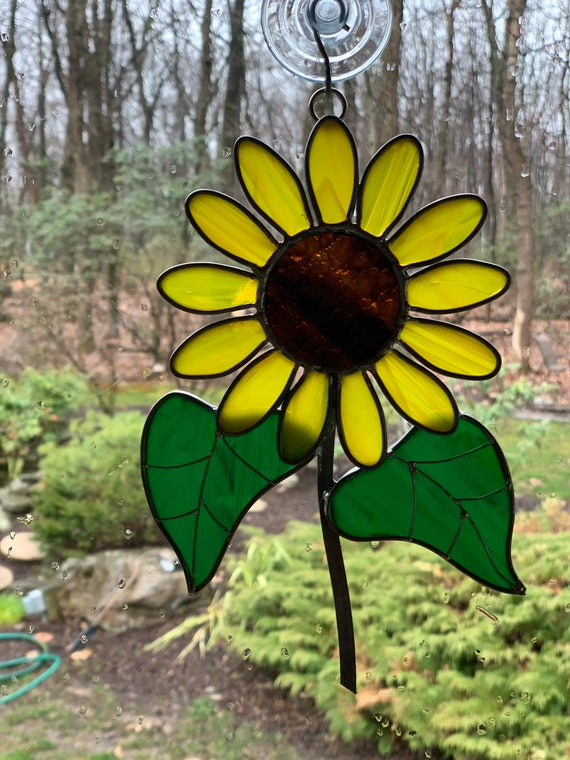 Stained Glass Sunflower Suncatcher Yellow Sunflower Window Hanging Tiffany Art Glass Golden Flower Birthday Gift Mother's Day Gift