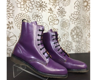 f8eb280025cf Vintage Dr. Martens Pointed Toe Purple Leather 7 Eye Boots UK 7