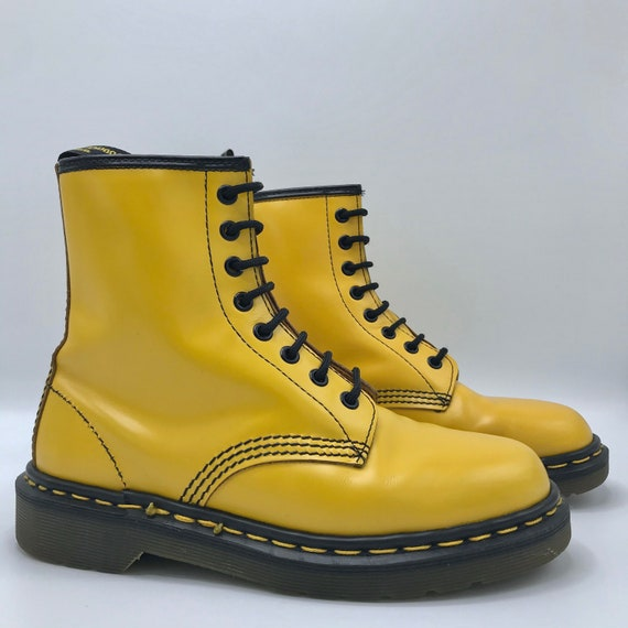 Vintage Dr. Martens Doc Yellow 1460 Smooth Leather