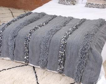 La couverture de mariage marocain gris + 1 oreiller gratuit