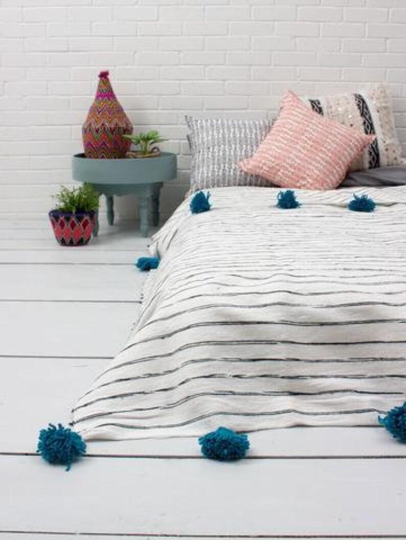 Boho Blanket Moroccan Pom pom Blanket Pom Poms Bed Cover White and Pink Stripes Moroccan Throw Blanket Moroccan Blanket