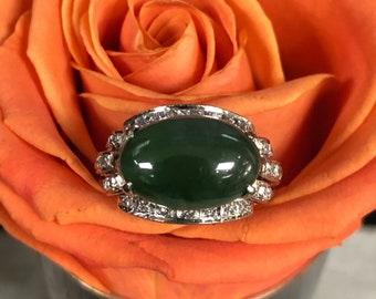 Vintage Jade Diamond and 18k White Gold Ring Size 6