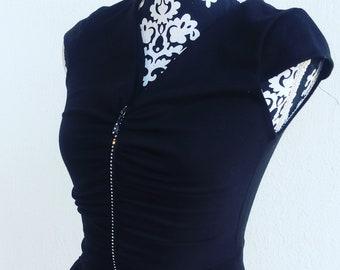 Black dress, black sheath dress, stretched garment, black stretch sheaths, tight fitting dress, close-fitting tube, sheath