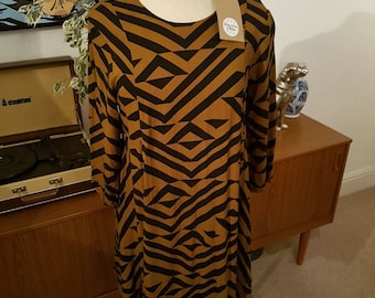 Pre-Loved Graphic Print Smock Dress