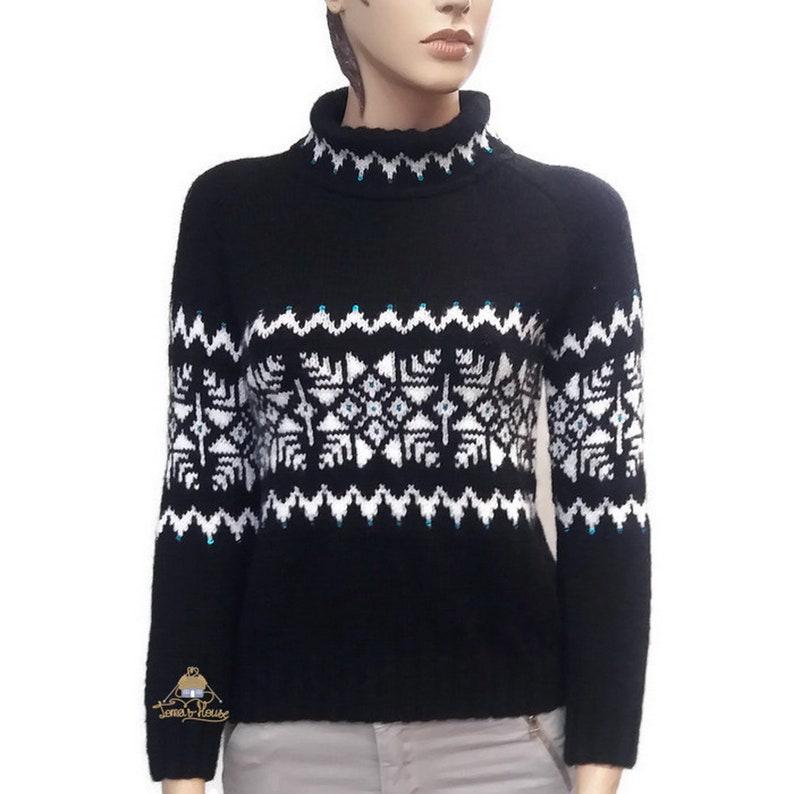 7d05f0ffa52 Joli pull en maille épaisse avec motif flocon de neige Noël