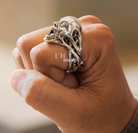 Unique Screaming man Ring biker rider Oxidized 925 Sterling silver