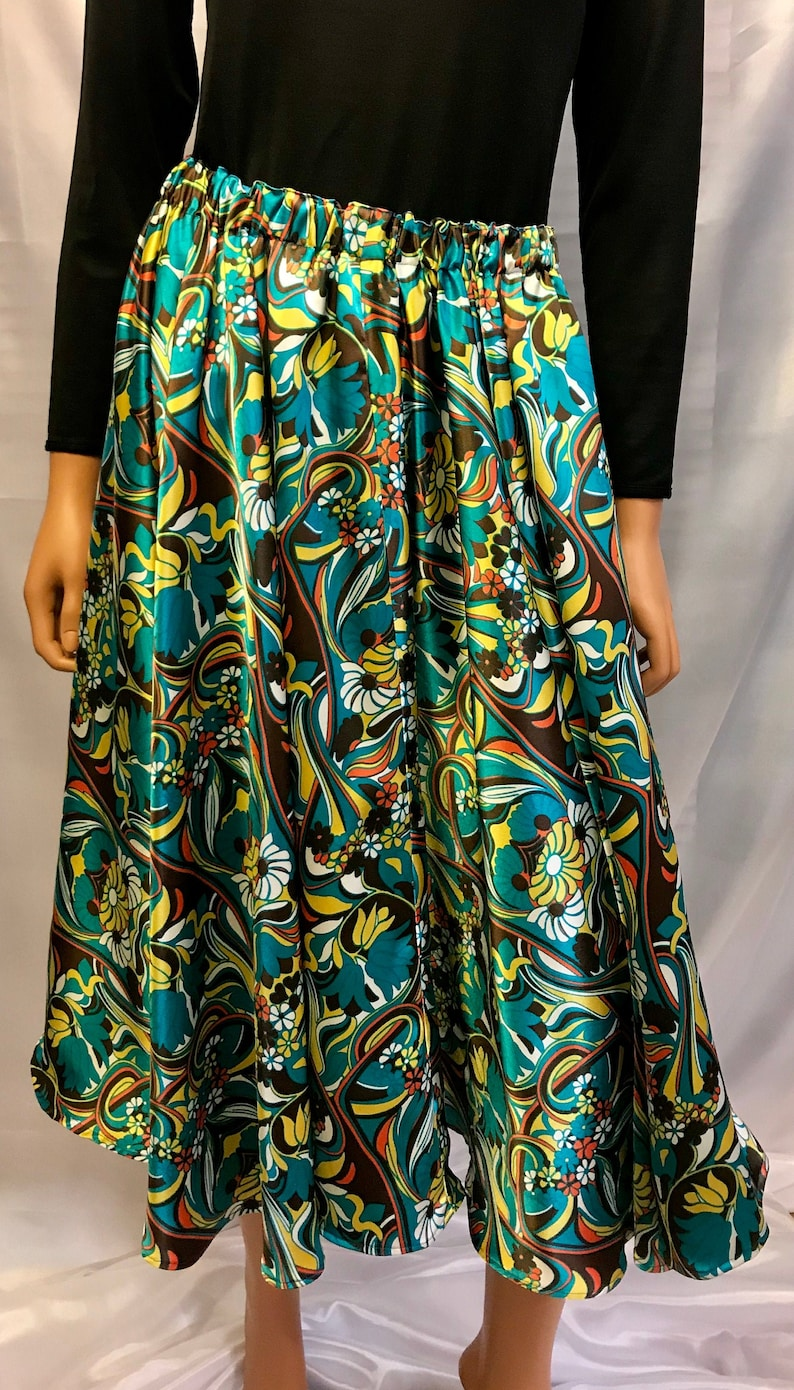 Satin midi skirt with flowers skirt with pockets satin image 0
