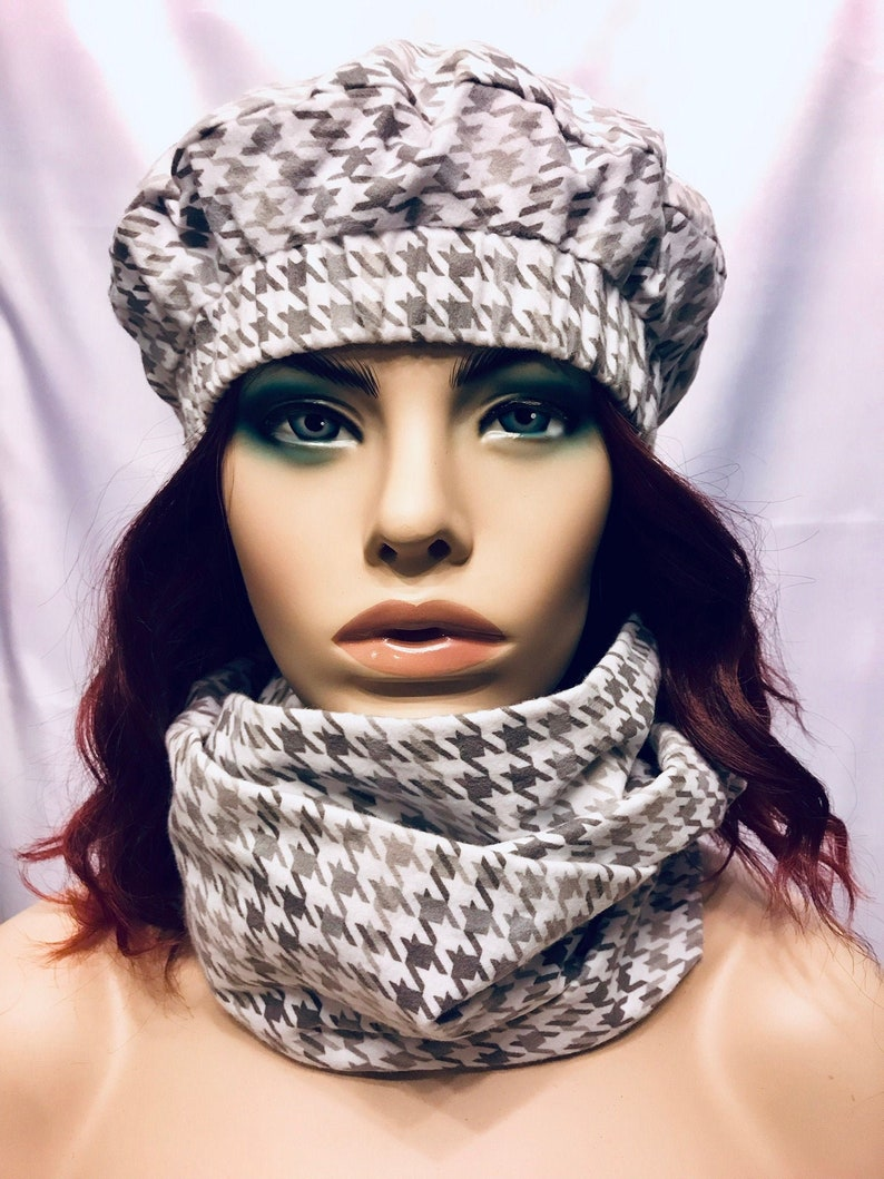 Sophisticated gray and white houndstooth beret and infinity image 0