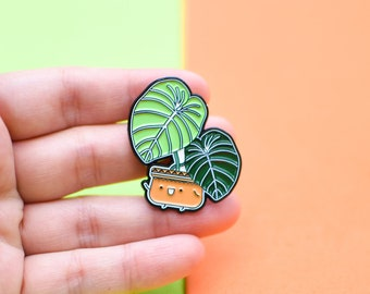 Philodendron Gloriosum Plant Soft Enamel Pin // Botanical Pin // Pin Collection // Plant Gifts