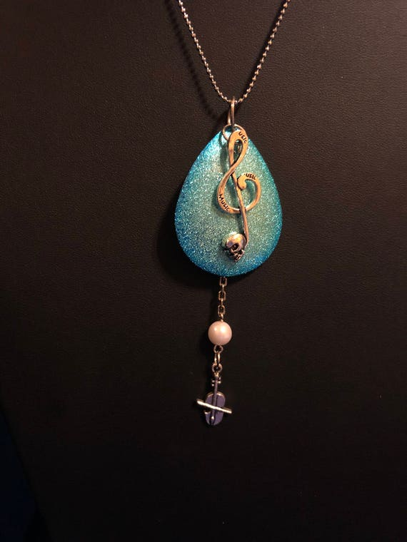 Musical blue metal and Viola dangle necklace