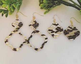 Quatrefoil black/white/gold acrylic earrings
