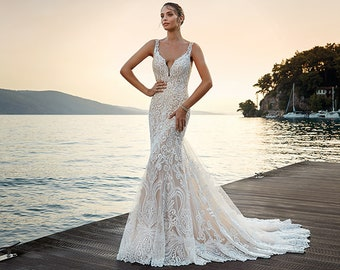 952a0d2bf050d NEW Spring 2019 Style Luxurious Lace Couture Wedding Gown Dress Cathedral  Train Fit Flare V Neck Front Sleeveless Illusion Back Sydney Dream