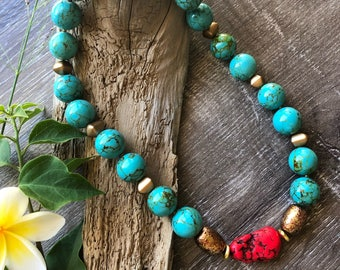 Turquoise beaded necklace. Statement necklace. Chunky necklace