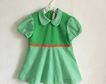 Vintage green 1960's mod dress with Peter Pan collar, 12-18 months.