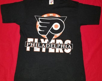 Vintage 1990s Artex Philadelphia Flyers NHL Single Stitch Crewneck Graphic  Tshirt Size Medium Made in USA c144fc317
