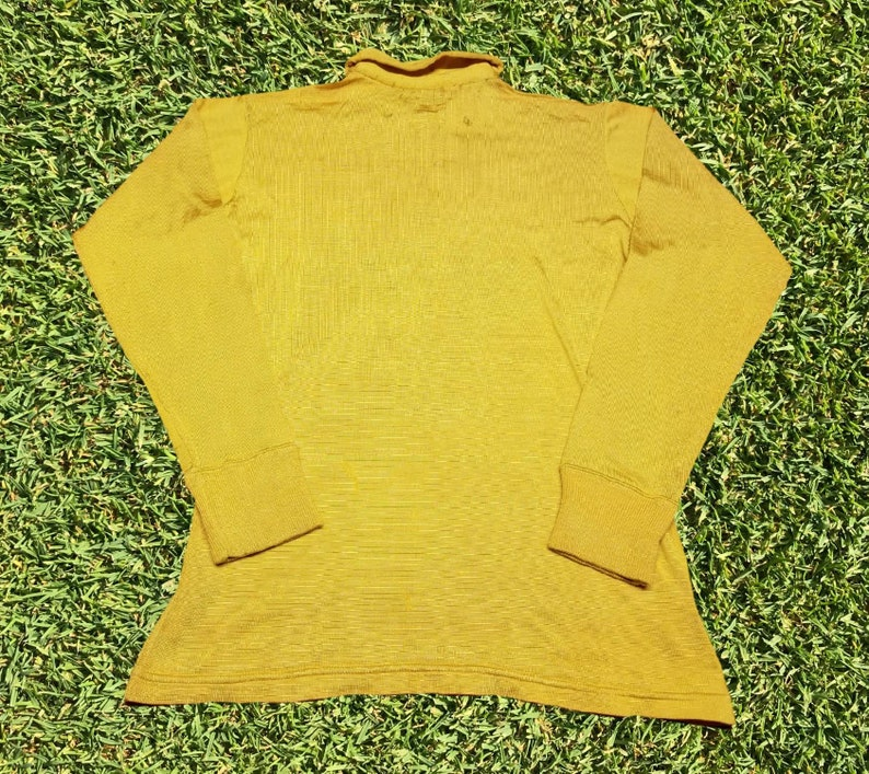 Vintage Powers Athletic Wear Bloomsburg PA University Huskies Womens Soccer Collared Long Sleeve Jersey Size 44 Medium NCAA