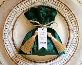 Emerald Green Velvet Pouches, Wedding Favors, Emmerald Green Wedding Favours, Velvet Jewellery Pouches, Wedding Favors, Gift Packaging, Sale