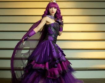 Descendants costume | Etsy