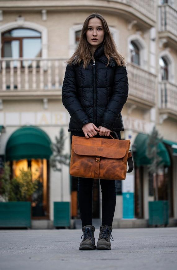Personalized Full Grain leather Messenger Bag Laptop Bag Crossbody Shoulder Bag Men Briefcase Handmade Bag Christmas Gifts Best