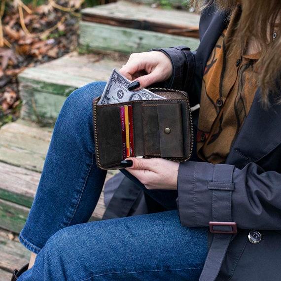 Personalized Tan Leather Women Zip Around Wallet, Leather Wallet, Zip Around Wallet, Personalized Gift