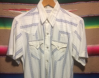 f44ec33e115 Western Wear Polyester Pearl Snap 1970s Thin Vintage - Large