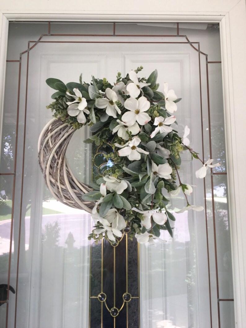 Farmhouse Wreath Year Round Wreath Rustic Wreath Summer Wreath Spring Wreath Wreath for Front Door Housewarming Gift Ideas White Wreath