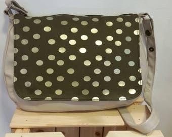 Messenger bag in beige and khaki leather with polka dots