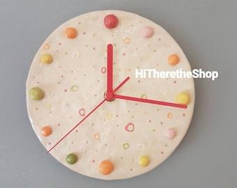 The Bobbly Clock. Ceramic, handmade, stoneware clock. Pinch item, home decor, gift ideas. Unique design.