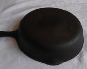 Wagner Ware 5, 8 inch cast iron skillet. Made in USA by Wagner Manufacturing in the 1960 39 s. Good Condition.