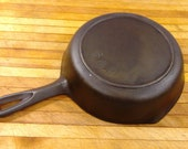 BSR - 5 N Red Mountain 8 inch cast iron skillet w heat ring Birmingham Stove Range. 1930 40 39 s. Excellent Used Condition.