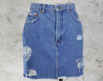 3d283598 Vintage Levi's Denim Skirt - Frayed Hem, Distressed Denim - High Waisted,  90s Grunge, Jean Skirt