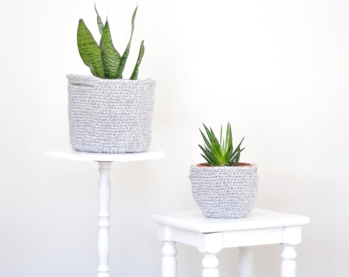 Set of 2 Crochet Plant Baskets