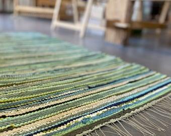 Carpet 136x62cm, hand-woven lira