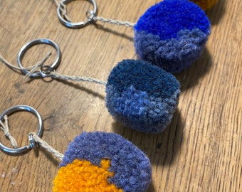 Large pompon key rings colored gradients, handcrafted handmade in wool and linen