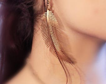 Soft Gold Feather Earrings