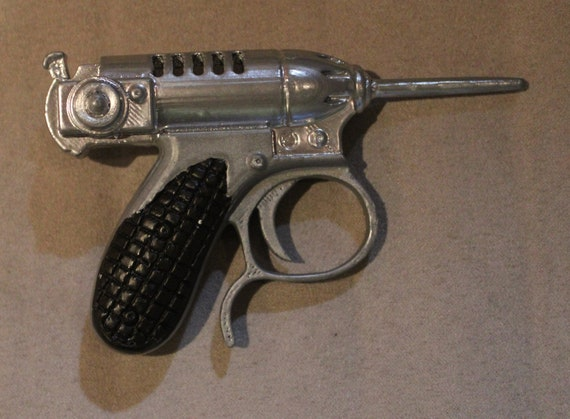 Noisy Cricket Gun Mib Man In Black Cosplay