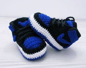 a3a1cb56dc88 Crochet baby shoes
