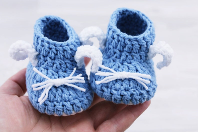 f68fd72cf1011 Crochet baby shoes, Baby booties, Blue Baby shoes Baby boots Bunny booties  Newborn baby Gift 0-3 months